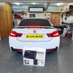 BMW M4 Audison Prima APBX 10 AS Active Subwoofer Installation