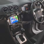Ford S Max Stereo Upgrade with built in Apple CarPlay