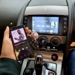 Jaguar F Type Apple CarPlay Android Auto Interface